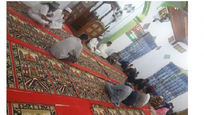 Polsek Tompasobaru Bawa 4 Pemuda Pelaku Keributan ke Masjid Sidqul Mubin