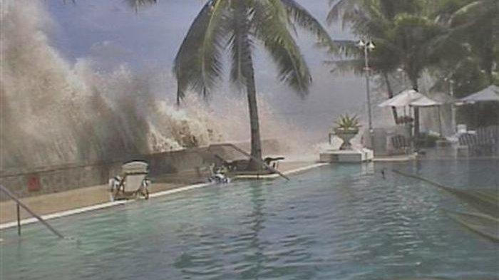 Tsunami 29 Meter Diprediksi Melanda Wilayah Jawa Timur, BPBD Simulasi Evakuasi Warga di Zona Bahaya