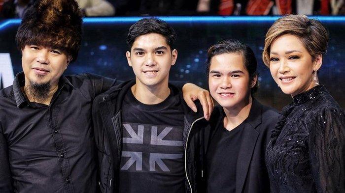 Al Ghazali Bagikan Foto 'Keluarga', Maia Estianty dan Ahmad Dhani Tersenyum di Indonesian Idol