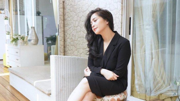 Intip Penampilan Nagita Slavina, Tampak Anggun Gunakan Kebaya di Hari Kartini