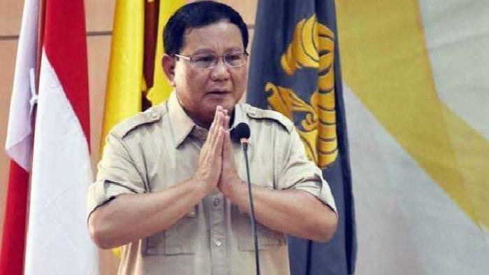 Prabowo Traktir Komunitas Emak-emak saat Ulang Tahun ke-67