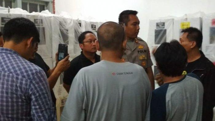 Pekerjaan Berat, Ketua PPS Banyumas Bobol Kotak Suara Pemilu 2019, Untuk Apa?