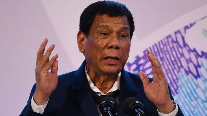 Rodrigo Duterte mengancam bakal memenjarakan rakyat Filipina jika menolak vaksinasi virus corona.