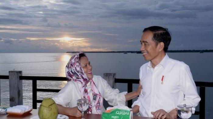 VIDEO Jokowi Menikmati Senja dan Menari Bersama Masyarakat Kaimana Viral di Facebook