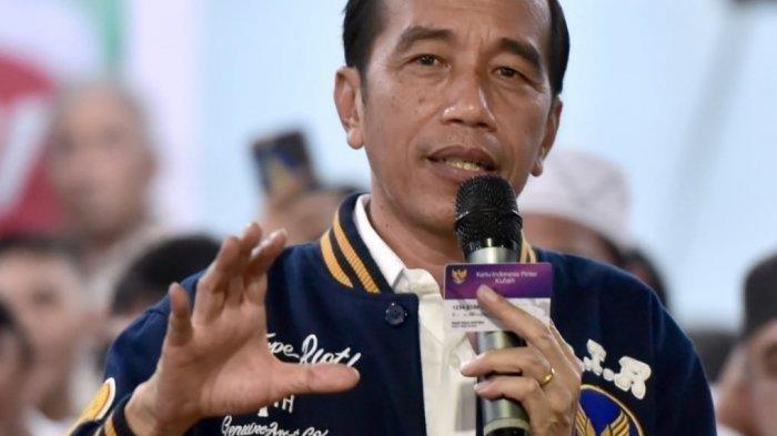 Presiden Jokowi Bersikap Tegas, Perintahkan Usut Ledakan Granat Asap di Monas