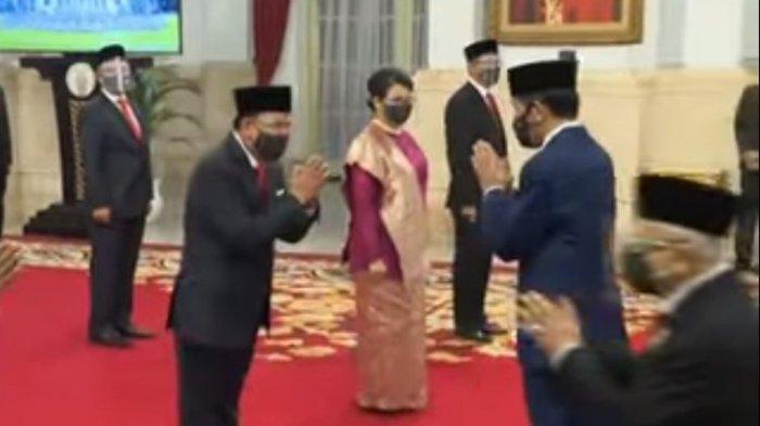 Presiden Joko Widodo melantik 12 Dubes di Istana Negara