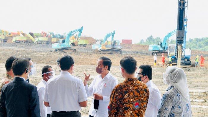 Presiden Joko Widodo menyampaikan komitmen Indonesia dalam dukungan pengembangan ekosistem industri baterai dan kendaraan listrik.