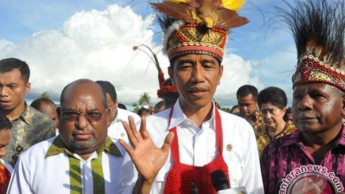 Presiden Jokowi saat berkunjung Papua.