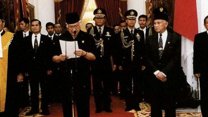 21 Mei 1998 - Permintaan Maaf Soeharto Sebelum Bj Habibie Diambil Sumpah