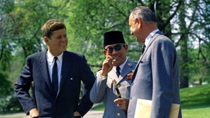 Ini Bukti Pengaruh Presiden Soekarno Hingga di Kampung Khabib Nurmagomedov di Rusia