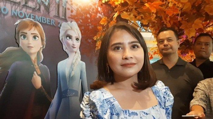 Mainkan Peran Mae di Film Get Married, Prilly Latuconsina: 'Takut Gak Bisa Munculin Karakter Mae'