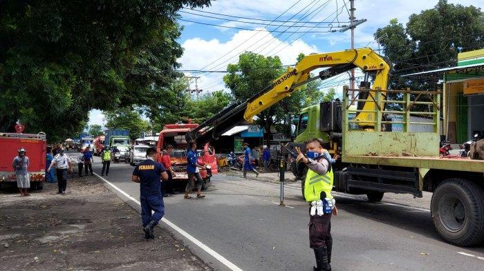 Air Mobil Damkar di Buang, Proses Evakuasi Tuntas