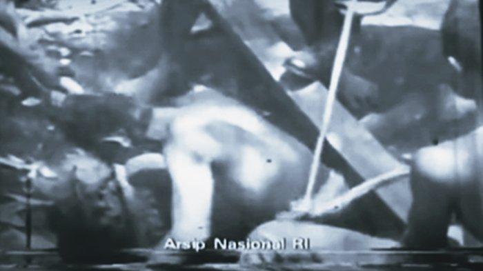 Cerita Pasukan KKO AL Angkat Jenazah 6 Jenderal di Lubang Buaya, Banyak Hal Aneh Tak Terduga Terjadi
