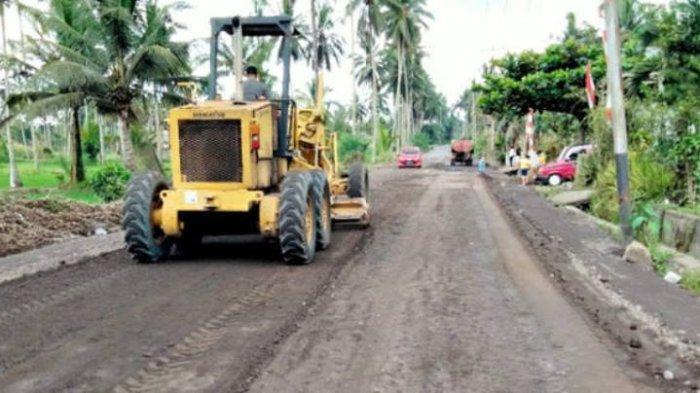 Pekerjaan Terus Dikebut, Jalan Tombatu-Silian di Minahasa Tenggara Segera Diaspal