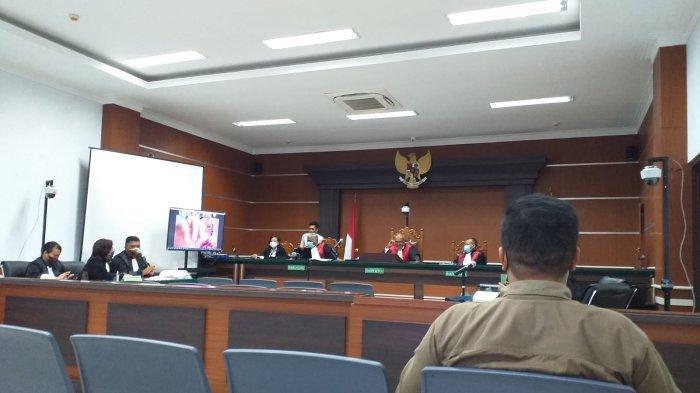 Sidang Tuntutan Kasus Korupsi Proyek Pemecah Ombak Likupang 2 Minut Ditunda