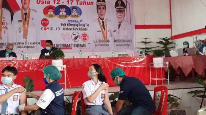 Hari Pertama Vaksinasi, Dinkes Kotamabagu Sukes Beri Vaksin ke 80 Siswa