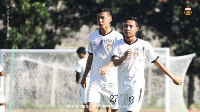 LIVE STREAMING INDOSIAR, PSM Makassar vs Bhayangkara Solo FC Piala Menpora 2021 - Evan Dimas saat berseragam Bhayangkara Solo FC
