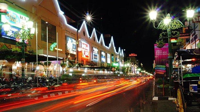 PT PLN (Persero) meluncurkan promo Super Dahsyat Hari Listrik Nasional yang berlaku mulai 1-31 Oktober 2021.