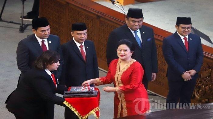 Inilah Koleksi Mobil Ketua DPR RI Puan Maharani, Tembus Rp 1,5 Miliar
