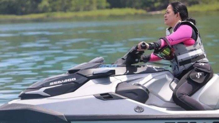 Lihat Puan Maharani, Warga Desa Marinsow Nyebur ke Laut dan Bersorak: Ini Dia Pengganti Jokowi