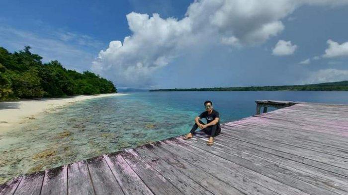 Jebolan Fisip Unsrat Ini Ajak Warga Jaga Kelestarian Pulau Sara untuk Generasi Anak Cucu