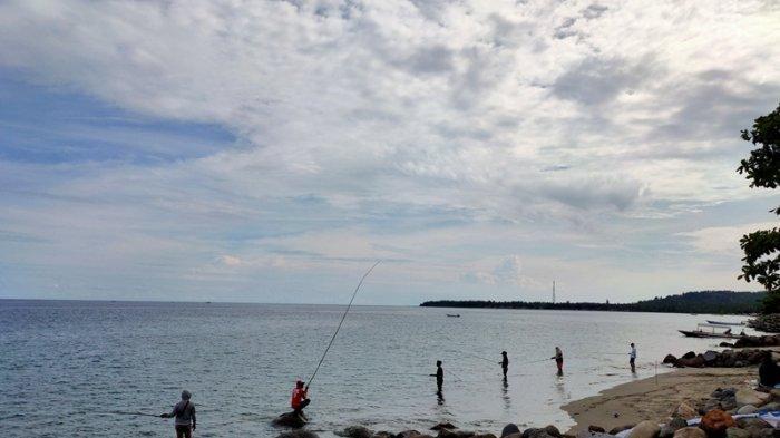Puluhan Peserta Ramaikan Lomba Mancing Pesisir di Kabupaten Bolsel