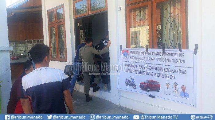Puluhan PNS Dominasi Peserta Lelang Mobil,Ridel: 48 Unit Dilepas