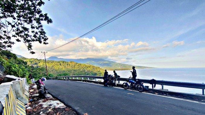 Puncak Landia di Kecamatan Tomini, Tempat Foto Instagramable Bagi Pecinta Touring