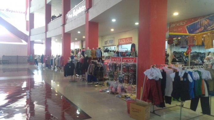Penjaga Butik Di Plaza Ratahan Akui Penjualan Normal Lagi