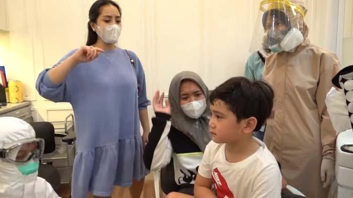 Rafathar Merengek Saat Cabut Gigi, Permintaanya Bikin Nagita Marah, Mbak Lala Ngga Bela