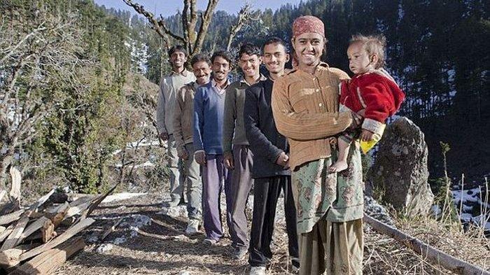 Kisah Rajo Verma, Wanita yang Nikahi 5 Pria Kakak Beradik, Saat Bayi Lahir Bingung Siapa Ayahnya
