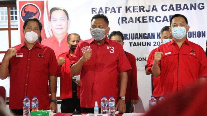 Bahas Strategi Kedepan, PDI-P Tomohon Gelar Rakercab, Dihadiri Langsung Ketua Olly Dondokambey