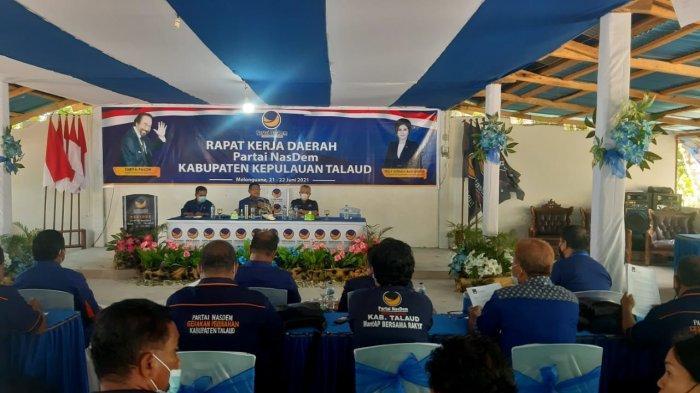 Ketua Bappilu DPW Nasdem Sulut Moktar Arunde Parapaga: Semua Kader Harus Jadi Garda Terdepan