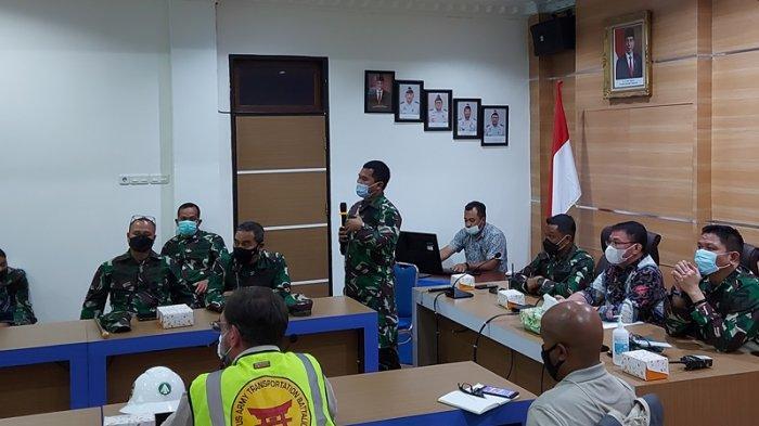 Kepala KSOP Bitung Stanislaus Wetik: LCU US Army Angkut Amunisi Bakal Turun di Pelabuhan Bitung