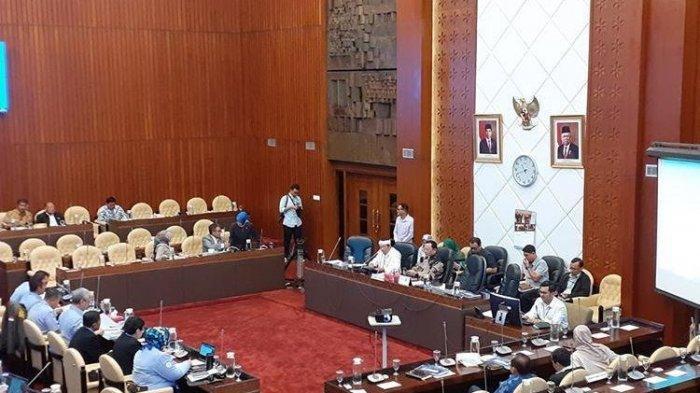 Perizinan Kapal Banyak yang Mandek, DPR Singgung Kinerja KKP Era Susi Pudjiastuti