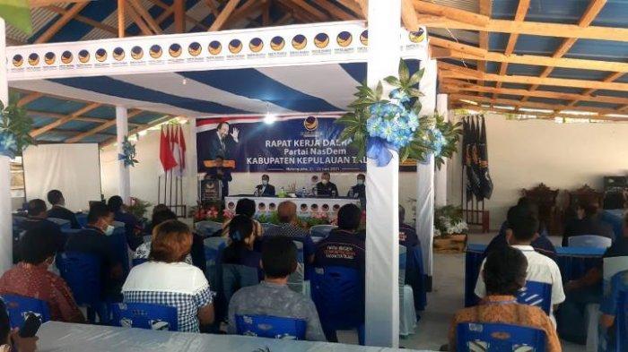 Rapat Kerja Daerah (Rakerda) Partai Nasdem dihadiri oleh Wakil Bupati Kepulauan Talaud, Drs Moktar Arunde Parapaga.