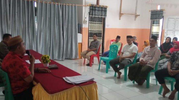 Panitia Pemilihan Sangadi Desa Pakuku Gelar Rapat Pleno DPT