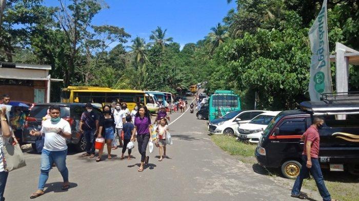 BREAKING NEWS: Ratusan Warga Padati Pantai Pulisan dan Paal
