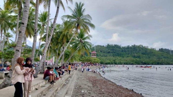 Pengunjung Tempat Wisata di Bolsel Membludak, Protokol Kesehatan Terabaikan