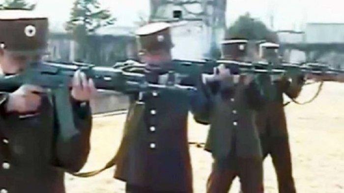 Regu Penembak Tentara Korea Utara. Terbaru Kim Jong Un Eksekusi Mati Perwira Militer Mayor Jenderal Korea Utara karena Menentang Perintah.