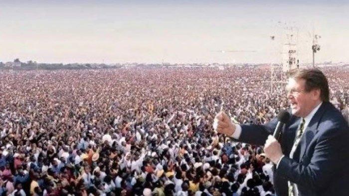 Kisah Reinhard Bonnke, Penginjil yang Pilih Melayani di Afrika, Buat KKR 79 Juta Jiwa Diselamatkan