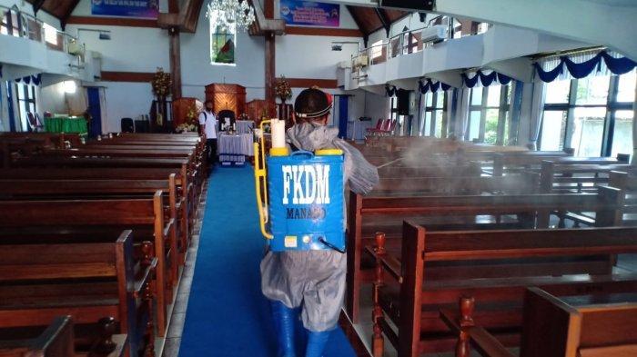 James Karinda Pimpin Relawan Semprot Desinfektan di Bumber, Kombos, TKB, Calaca Juga Tempat Ibadah