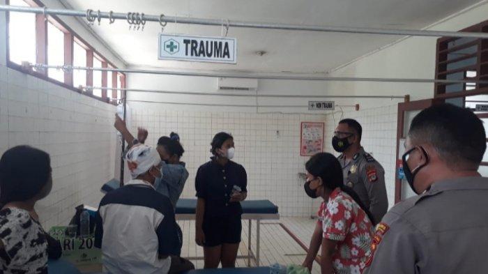 Remaja asal Kelurahan Beo Kabupaten Kepulauan Talaud harus dirawat di rumah sakit terdekat akibat laka-lantas di ruas jalan Trans Beo Kabupaten Kepulauan Talaud, Senin, (2/8/2021) pagi.