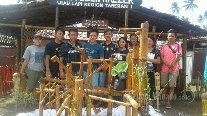 Remaja Mampu 'Sulap'  Bambu Jadi Vila Mungil Di Perkemahan Kreatif Remaja GMIM