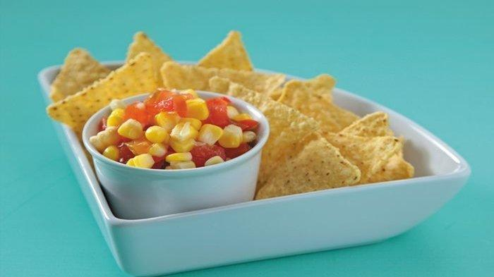 Resep Camilan Praktis: Nachos Corn Salsa