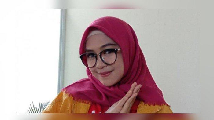 YouTuber Ria Ricis Jadi Babysitter dan Belajar Berbahasa Melayu, Semuanya Dia Lakukan Untuk Ini