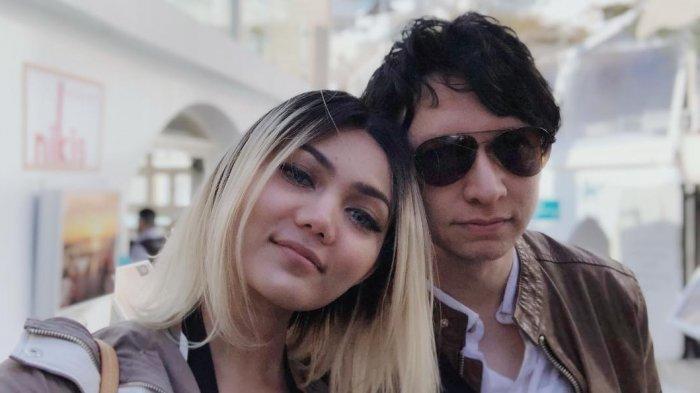 Rina Nose Menikah Dengan Pacar Bulenya di Belanda, Intip Suasana Pernikahannya