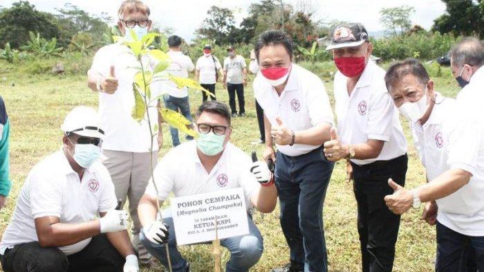 Rio Dondokambey Kerja Sama Unima Helat Penanaman Pohon di Sekitar Danau Tondano