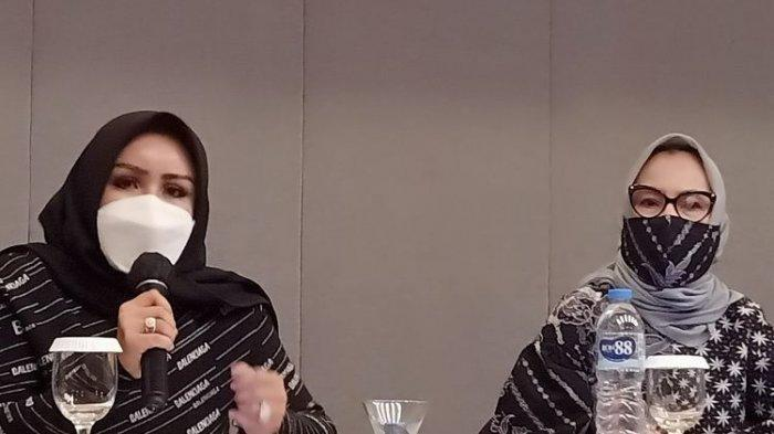 Rizki Ananda meminta maaf kepada seluruh masyarakat yang tersakiti dengan tindakan suaminya.