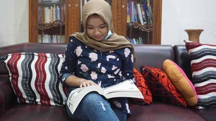 Cerita Rizqi Nabila Ramadhani, Gadis 15 Tahun Diterima di Fakultas Kedokteran, SMP-SMA Hanya 4 Tahun